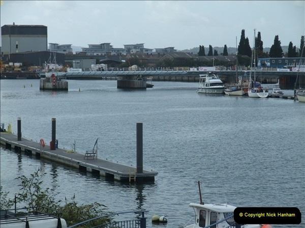 2011-09-22 Poole Twin Sails Bridge progress. (3)032