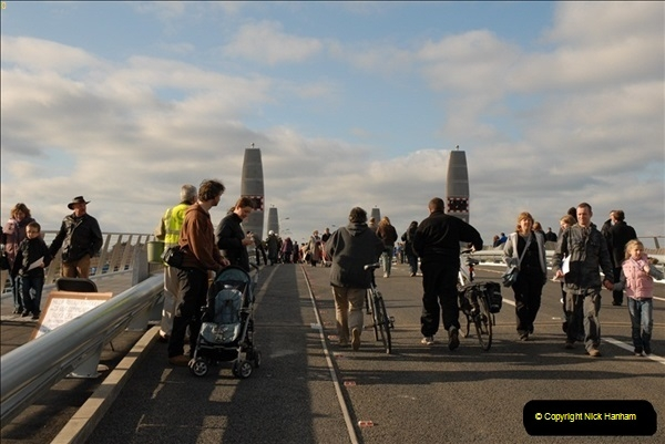 2012-02-25 Poole Twin Sails Bridge first day open to the public. (No Vehicles) (75)130