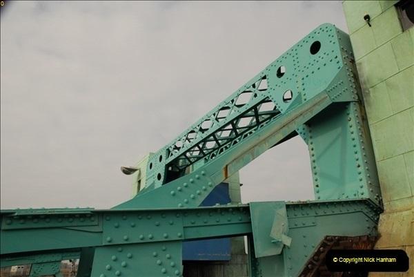 2012-02-29 Poole New Twin Sails Bridge  and Old Lifting Bridge.  (27)167