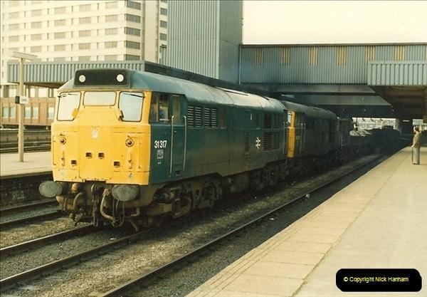 1983-03-26 Leeds, West Yorkshire.  (2)015