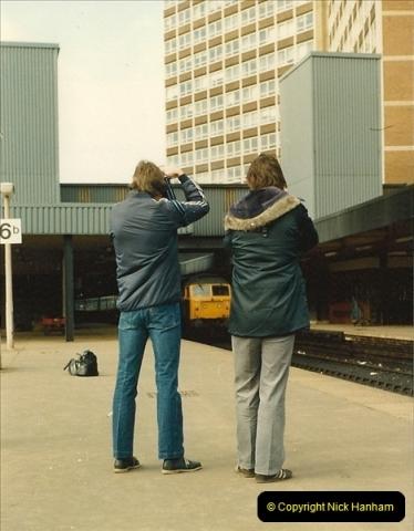 1983-03-26 Leeds, West Yorkshire.  (5)018