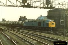1983-03-26 Leeds, West Yorkshire.  (4)017