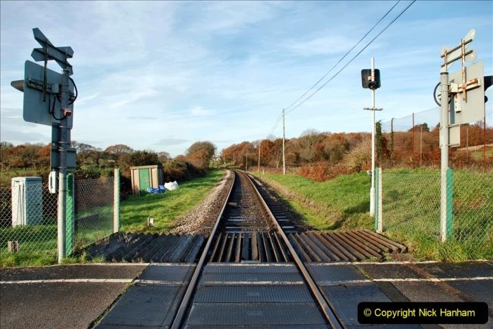 2019-11-28 The SR no running day Swanage to Wareham. (119) Quarr Farm Crossing. 119