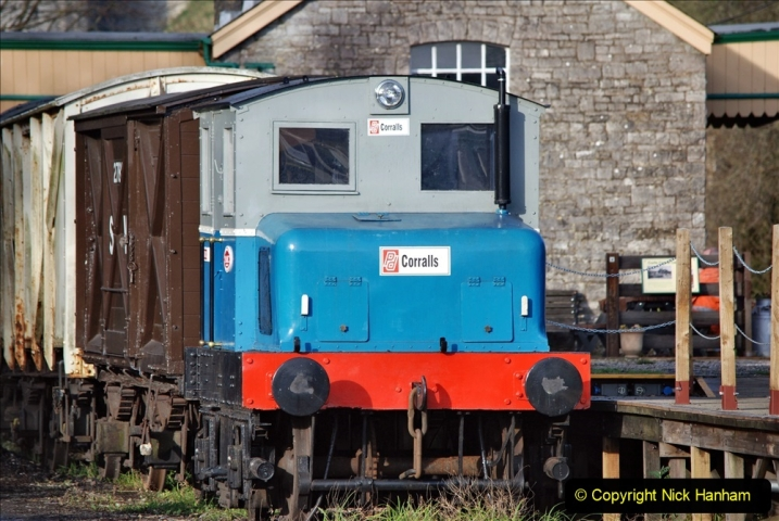 2019-11-28 The SR no running day Swanage to Wareham. (155) Harmans Cross. Corfe Castle. 156