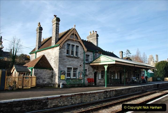 2019-11-28 The SR no running day Swanage to Wareham. (163) Harmans Cross. Corfe Castle. 164
