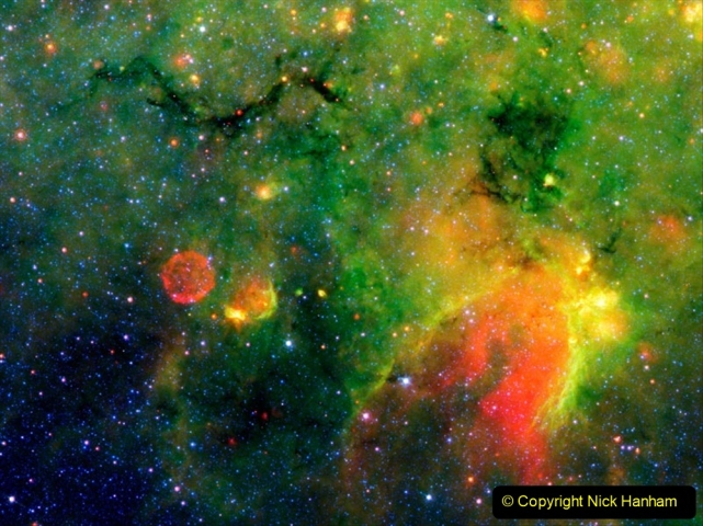 Astronomy Pictures. (243) 243