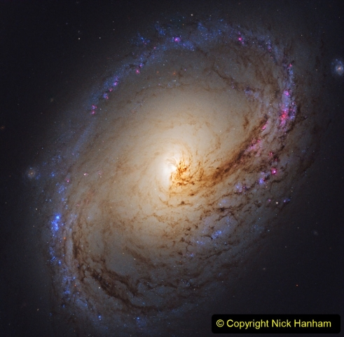 Astronomy Pictures. (438) 438