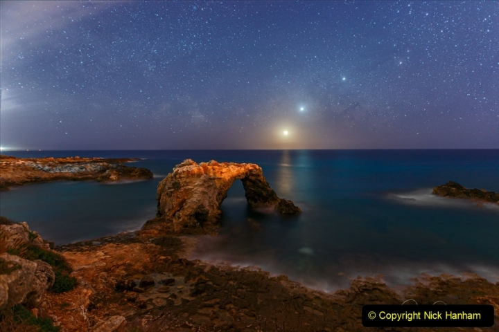 Astronomy Pictures. (449) 449