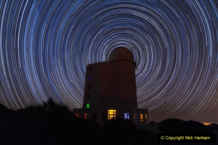 Astronomy Pictures. (487) 487