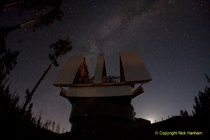 Astronomy Pictures. (77) 077
