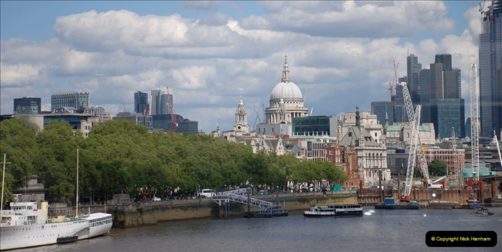2019-05-12 Touring Central London Day 1. (103) 076