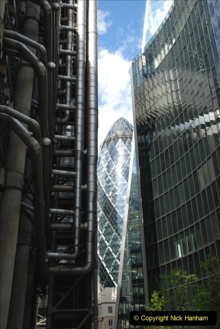 2019-05-12 Touring Central London Day 1. (134) The Gurkin. 134