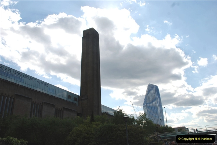 2019-05-12 Touring Central London Day 1. (181) 181