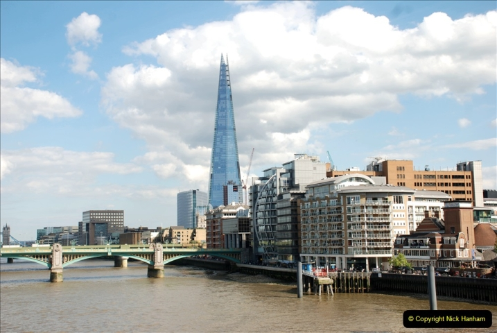 2019-05-12 Touring Central London Day 1. (186) 185