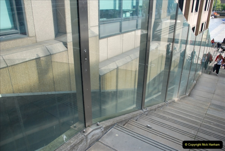 2019-05-12 Touring Central London Day 1. (190) A travelling lift. 190