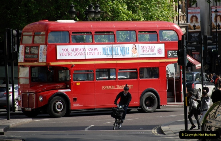 2019-05-12 Touring Central London Day 1. (220) 219