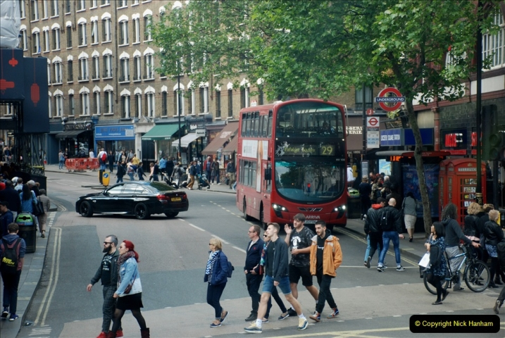 2019-05-12 Touring Central London Day 1. (225) 219