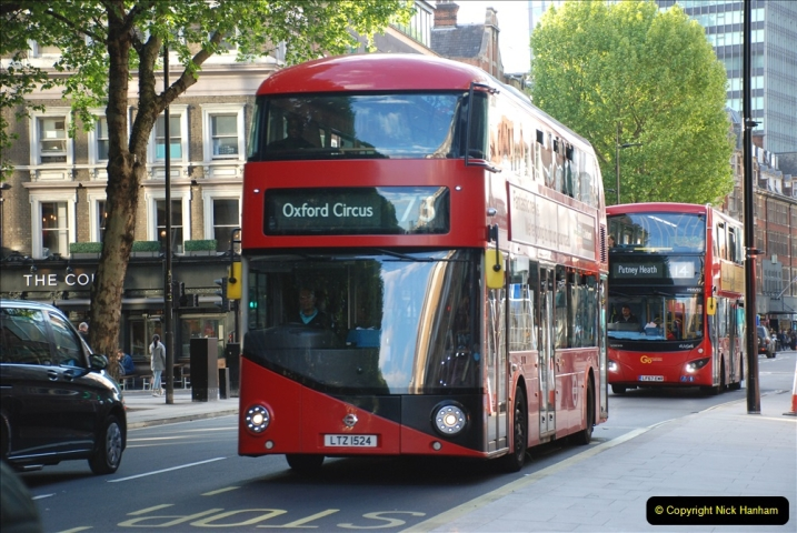 2019-05-12 Touring Central London Day 1. (241) 240