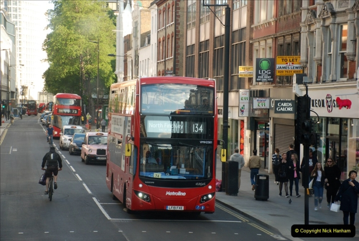 2019-05-12 Touring Central London Day 1. (246) 240