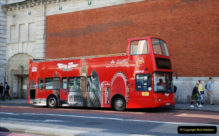 2019-05-12 Touring Central London Day 1. (3) Victoria. 003