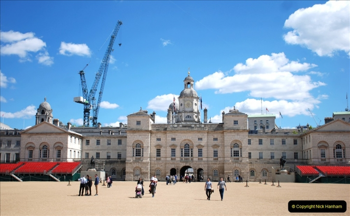 2019-05-12 Touring Central London Day 1. (40) Horse Guards. 040