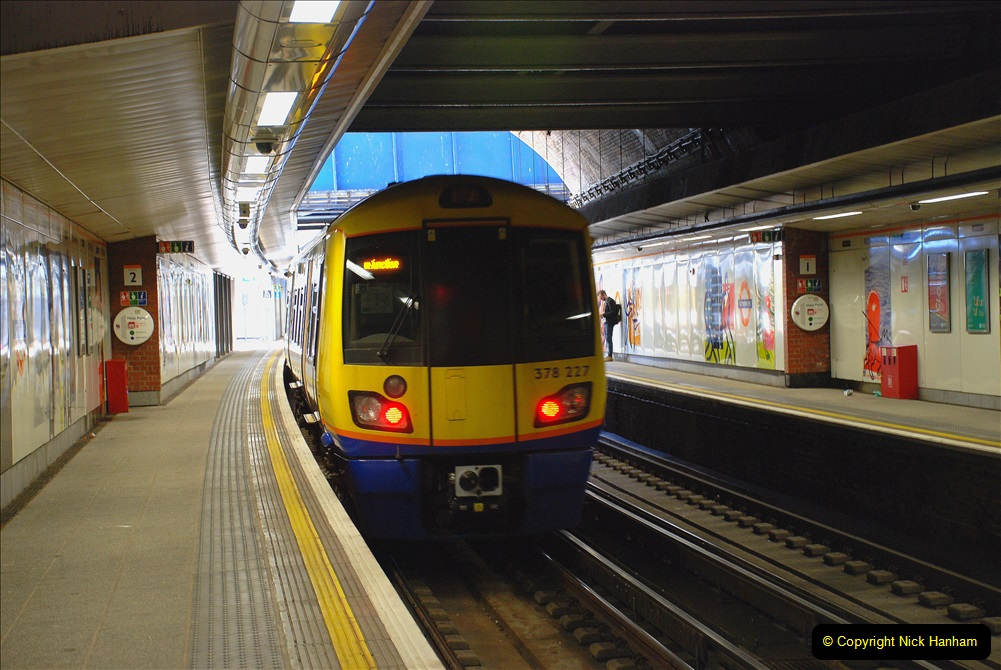 2019-05-13 Touring Central London. (119) Various sites of Brunells London. 119