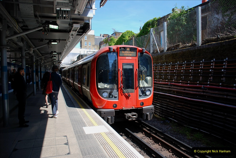 2019-05-13 Touring Central London. (143) 141