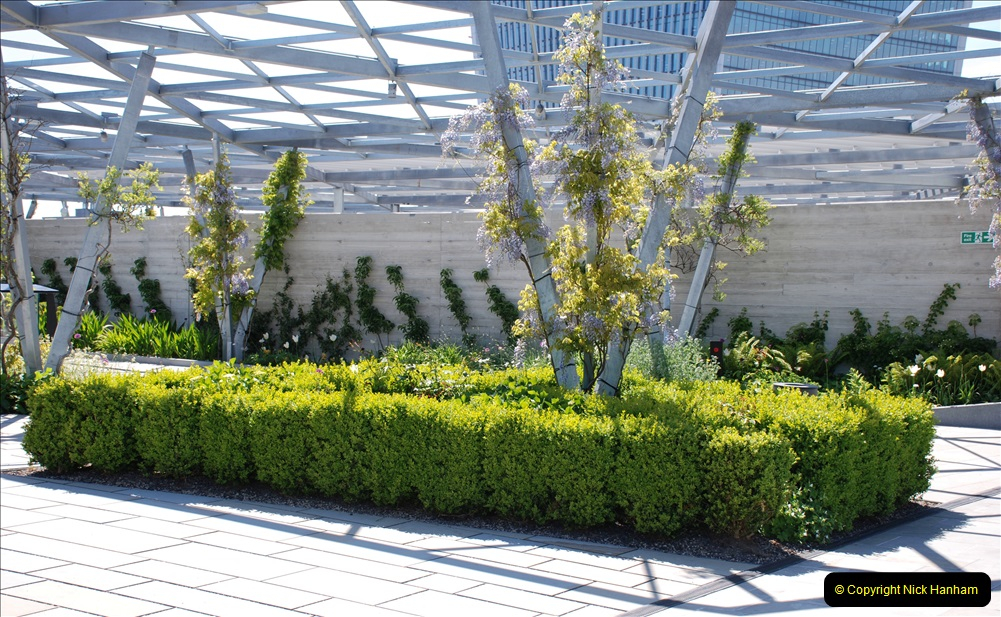 2019-05-13 Touring Central London. (183) The Garden at 120 Fenchurch Street on Floor 15. 183