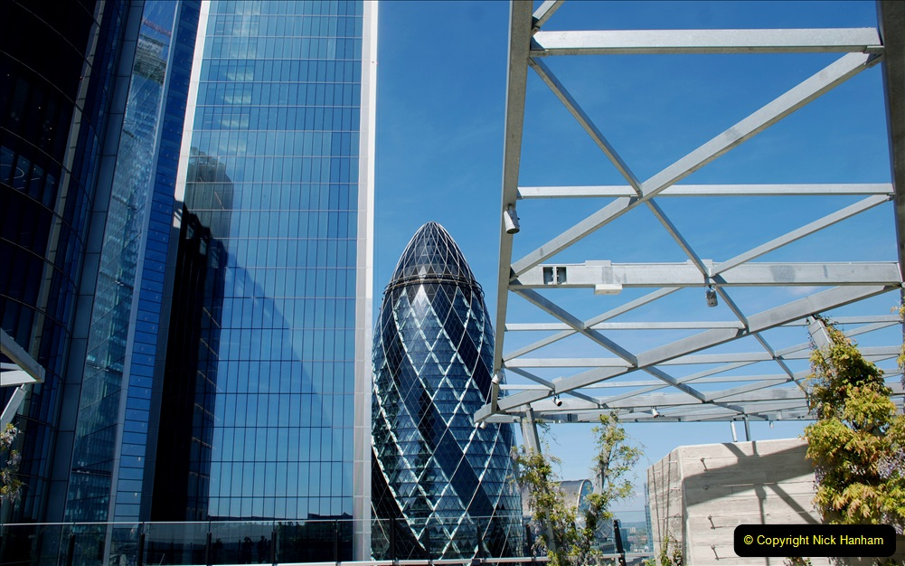 2019-05-13 Touring Central London. (207) The Garden at 120 Fenchurch Street on Floor 15. 207