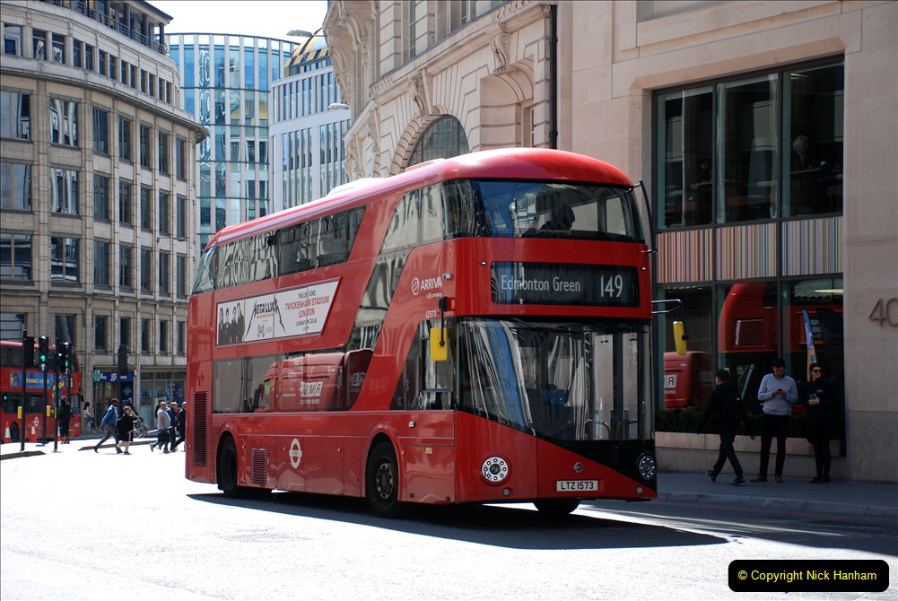 2019-05-13 Touring Central London. (209) 208