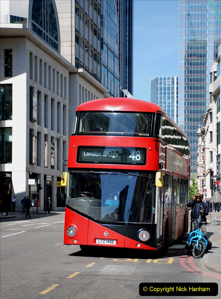 2019-05-13 Touring Central London. (210) 208