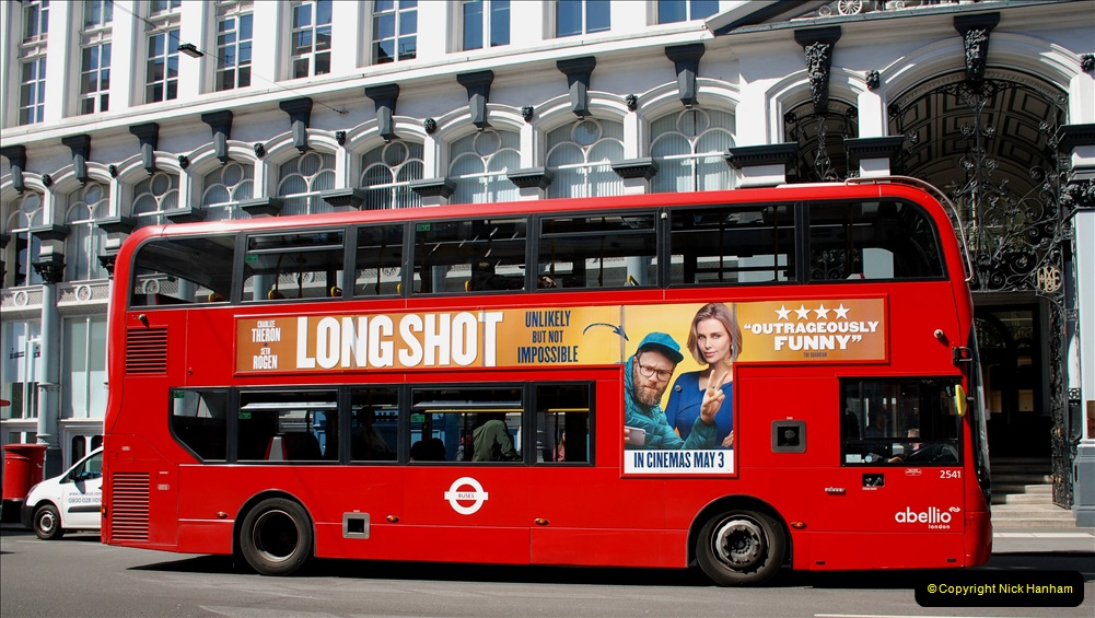 2019-05-13 Touring Central London. (218) 208