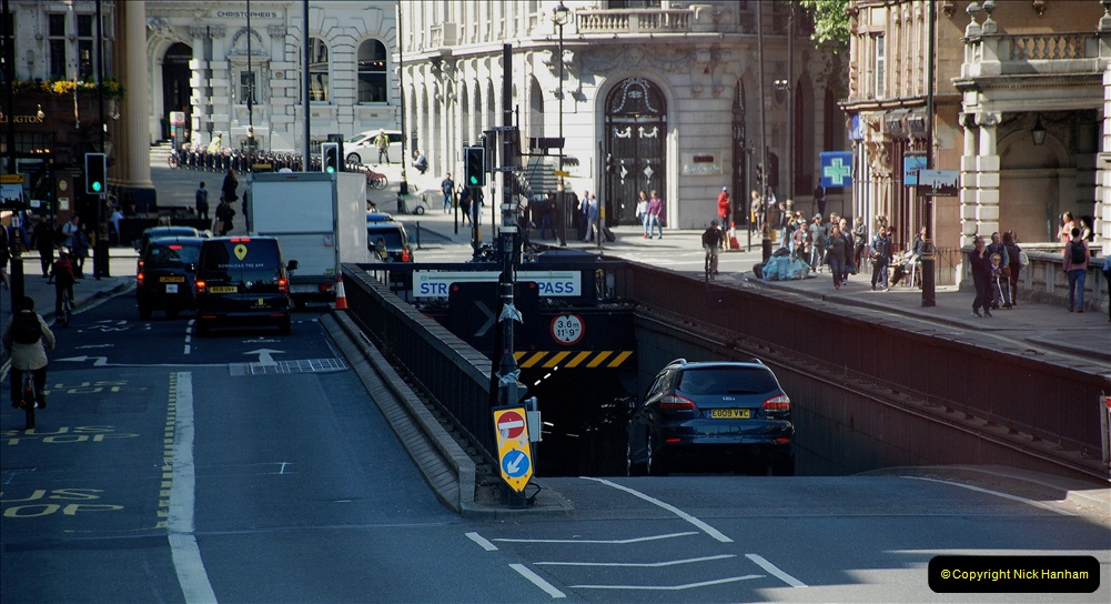 2019-05-13 Touring Central London. (239)235