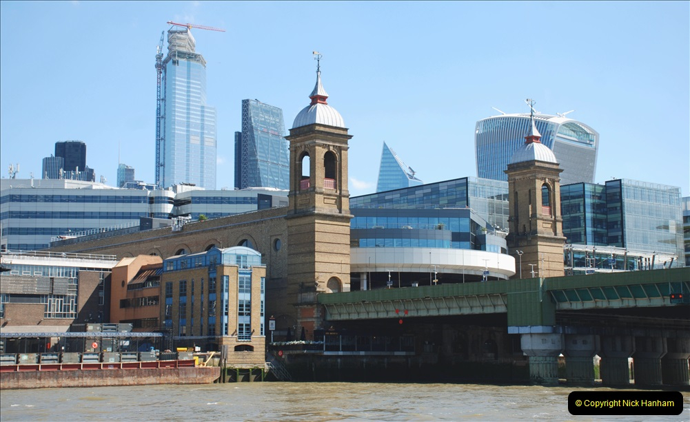 2019-05-13 Touring Central London. (29) Various sites of Brunells London. 029