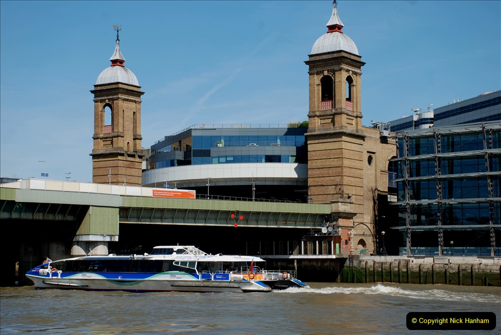 2019-05-13 Touring Central London. (31) Various sites of Brunells London. 031