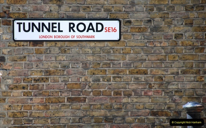 2019-05-13 Touring Central London. (125) Various sites of Brunells London. 125