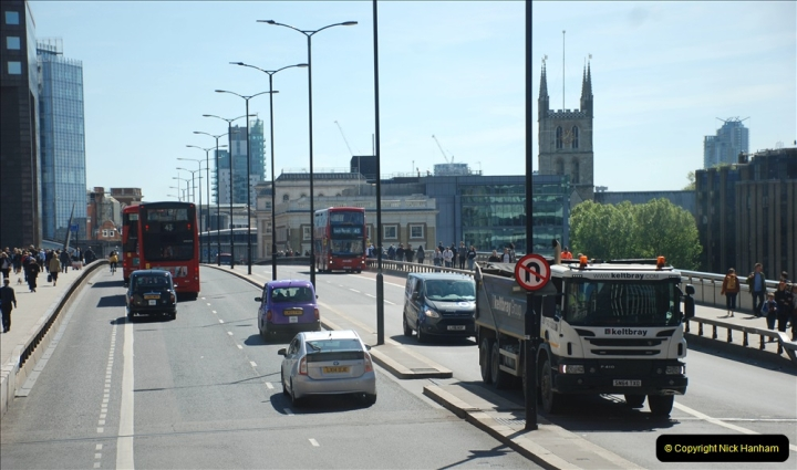 2019-05-13 Touring Central London. (212) 208