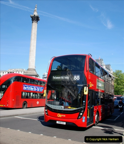 2019-05-13 Touring Central London. (247)247