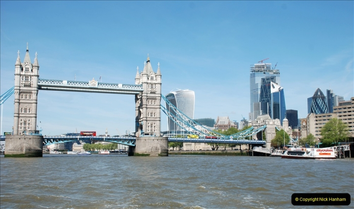 2019-05-13 Touring Central London. (41) Various sites of Brunells London. 041