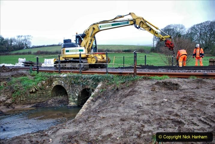 2020-01-07 Track renewal Cowpat Crossing to Just beyond Dickers Crossing. (20) 020