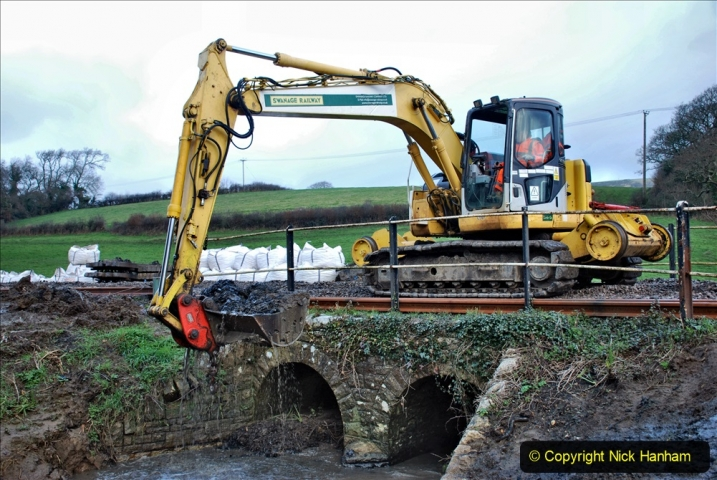 2020-01-07 Track renewal Cowpat Crossing to Just beyond Dickers Crossing. (53) 053