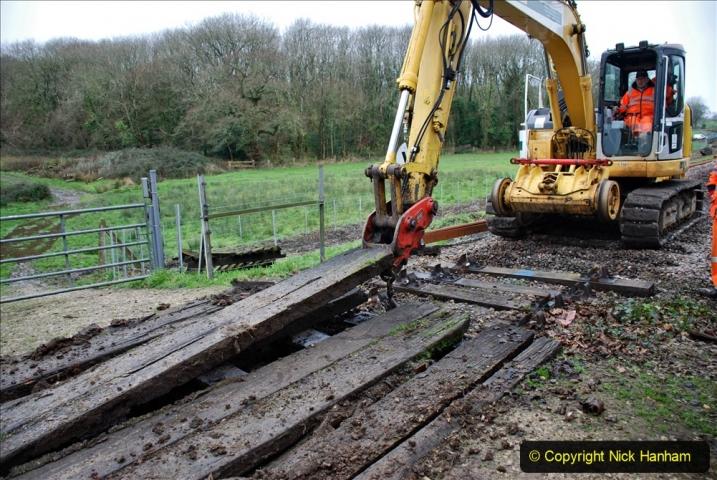 2020-01-07 Track renewal Cowpat Crossing to Just beyond Dickers Crossing. (89) 089