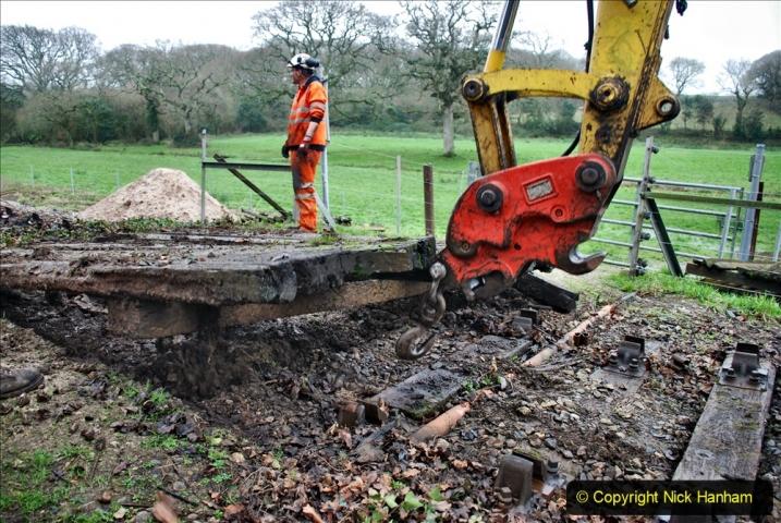 2020-01-07 Track renewal Cowpat Crossing to Just beyond Dickers Crossing. (96) 096