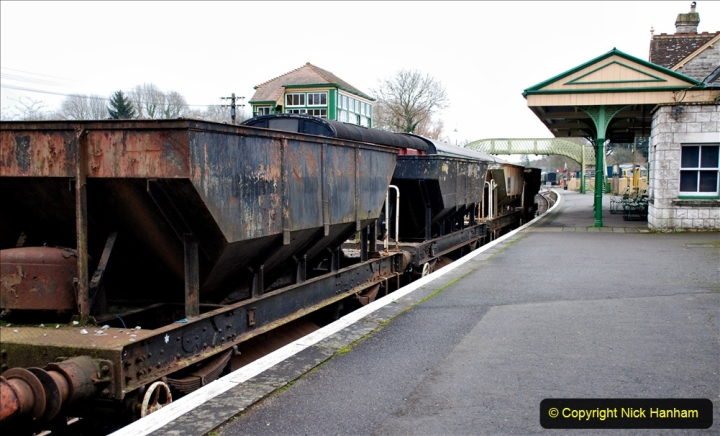 2020-01-24 Track renewall Cowpat Crossing to just past Dickers Crossing. (107) Ballast work. 107
