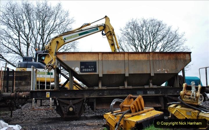 2020-01-24 Track renewall Cowpat Crossing to just past Dickers Crossing. (167) Ballast work. 167