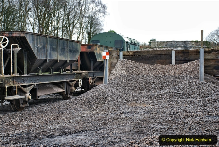 2020-01-24 Track renewall Cowpat Crossing to just past Dickers Crossing. (173) Ballast work. 173