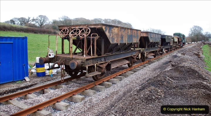 2020-01-24 Track renewall Cowpat Crossing to just past Dickers Crossing. (18) Ballast work. 018