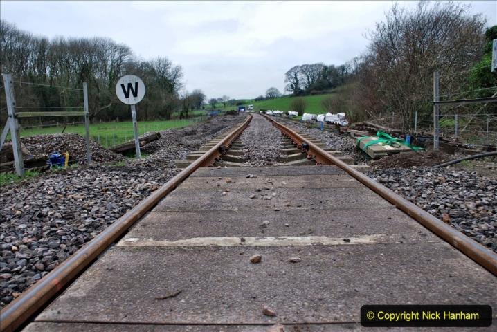2020-01-24 Track renewall Cowpat Crossing to just past Dickers Crossing. (26) Ballast work. 026