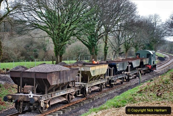 2020-01-24 Track renewall Cowpat Crossing to just past Dickers Crossing. (47) Ballast work. 047