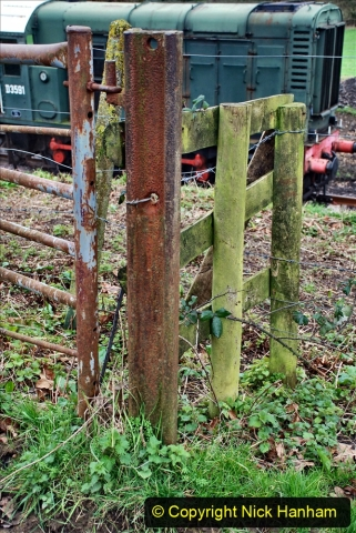 2020-01-24 Track renewall Cowpat Crossing to just past Dickers Crossing. (51) Bull head rail as a gate post.051